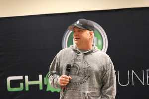 Country music legend Garth Brooks took some time before his sound-check on Thursday to talk with local media about his tour, family, music, and what he thinks of Pittsburgh.