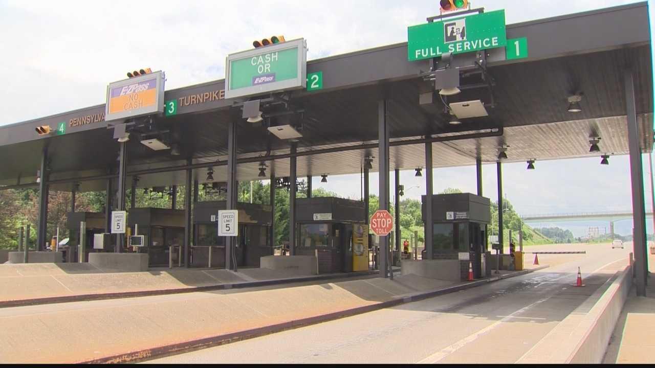 img-Pennsylvania Turnpike starts move toward eliminating cash tolls