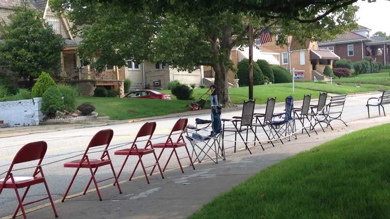 Brentwood chairs lined up 4th of July parade