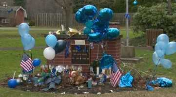 Tributes to the fallen officer continue popping up around New Florence.