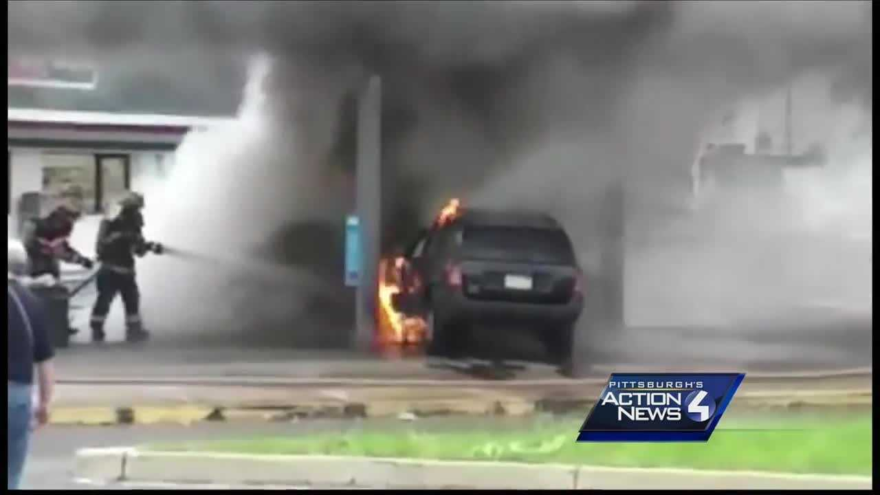 img-SUV hits gas pump in McKees Rocks setting vehicles on fire