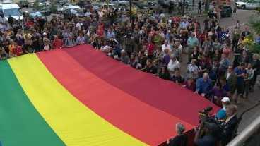 Faith groups in Pittsburgh hold vigil to remember Orlando victims