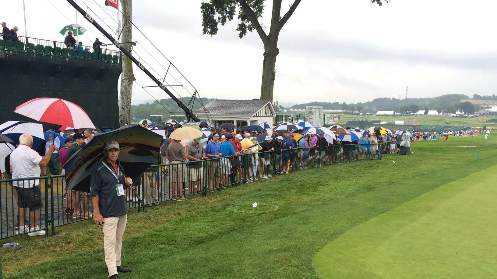 Wet fans, U.S. Open, rain delay