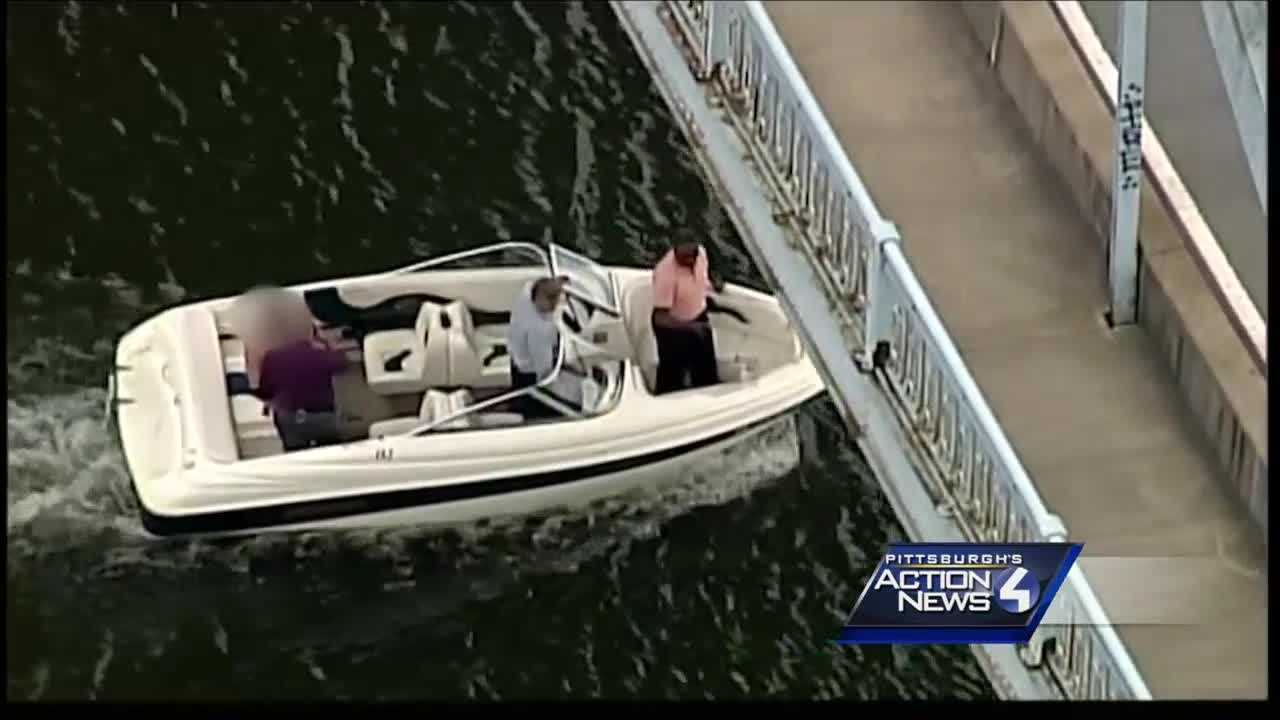 Group of juveniles walk away from group home&#x3B; one jumps in river to evade police