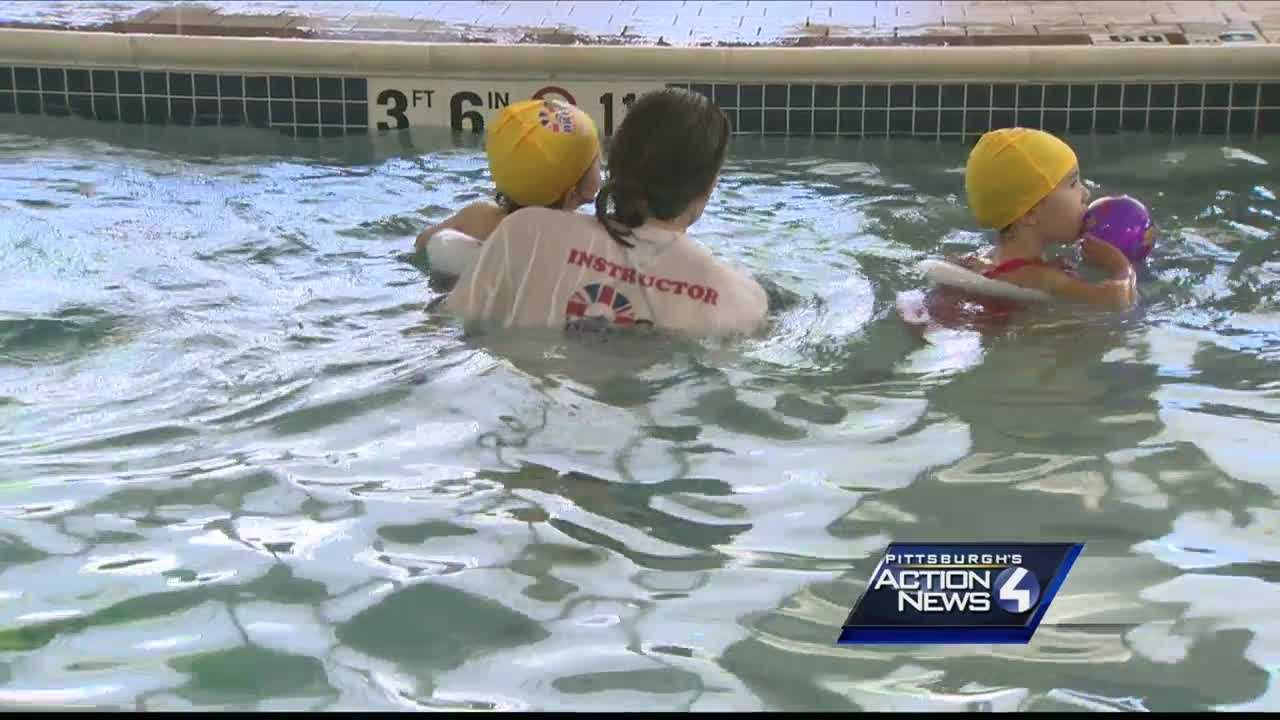 Experts provide tips for keeping kids safe in the water