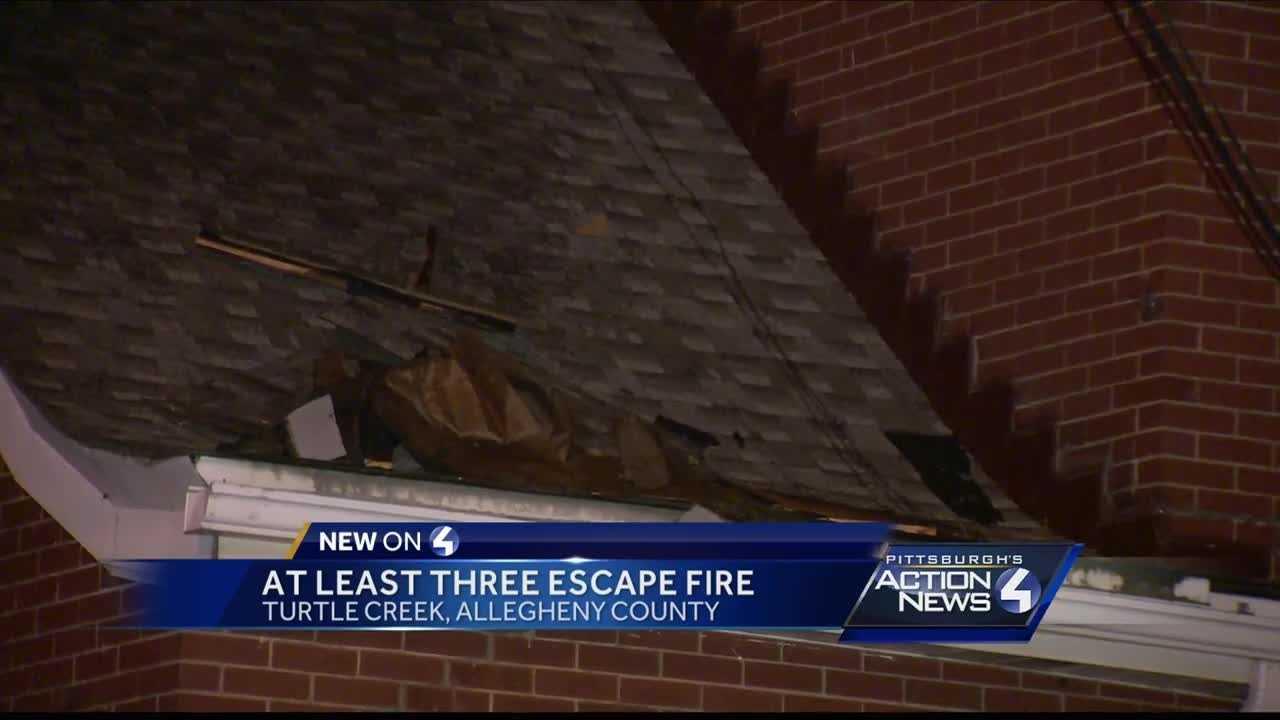 Three people escape fire in Turtle Creek