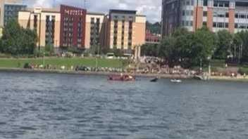 Formula One boat overturns during Regatta race