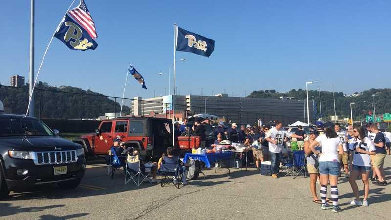 Pitt, Penn State tailgaters