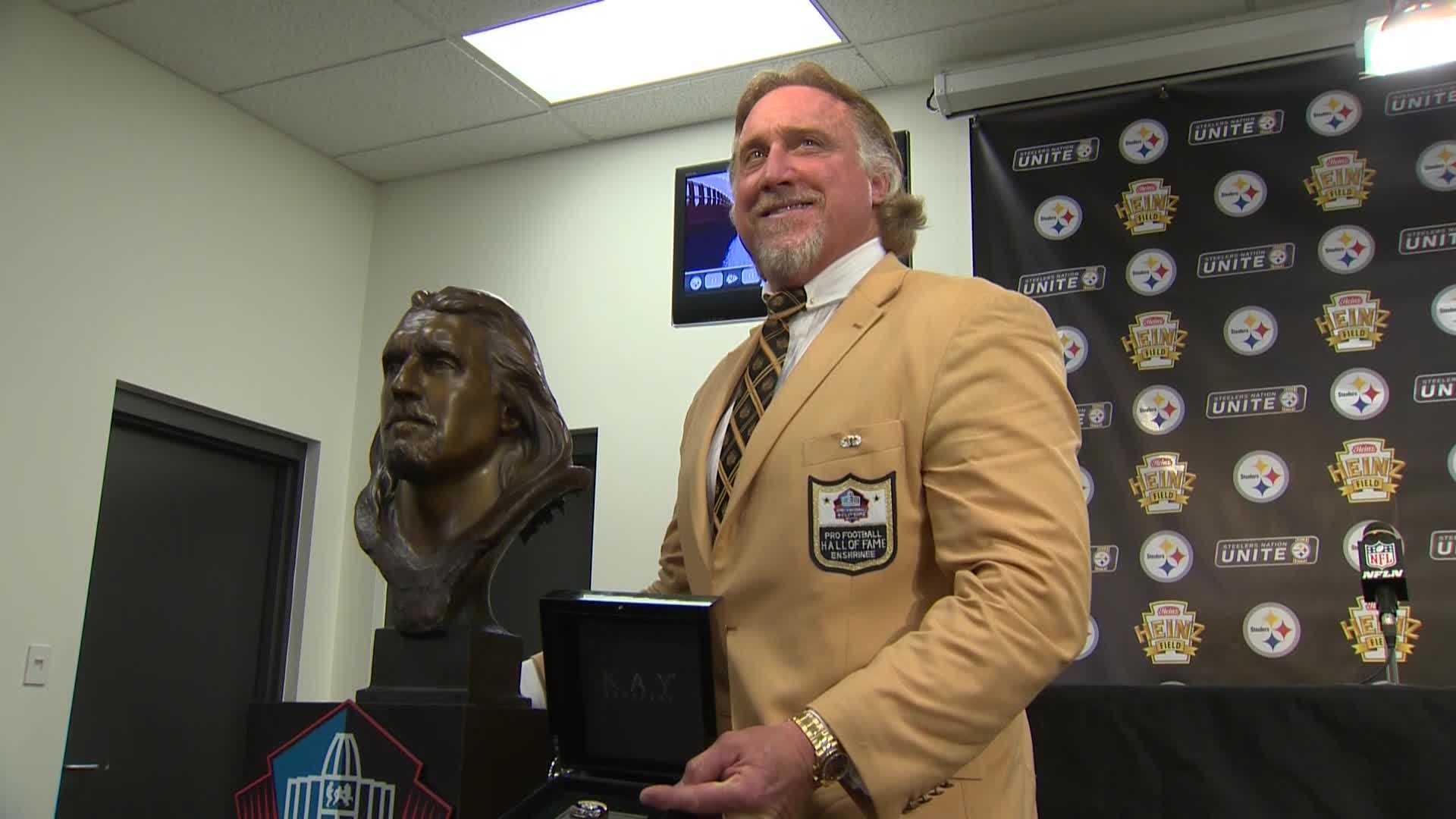 Kevin Greene gets Hall of Fame enshrinement ring in Pittsburgh