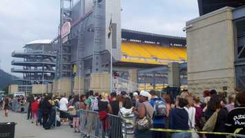 """""""American Idol"""" producers said some of the show's staff members from Pittsburgh convinced them to hold an audition here."""