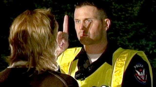 Police Operate DUI Checkpoint
