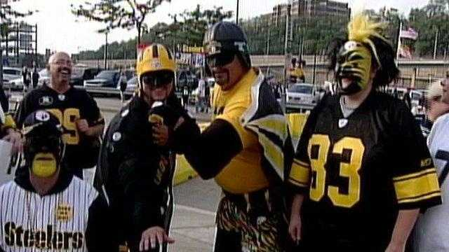 Steelers fans tailgating