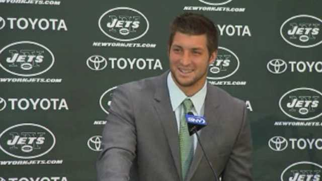 Tebow at Jets news conference