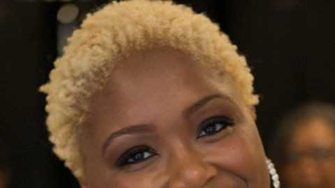 Meleeka Hollaway shares advice for people in abusive relationships.