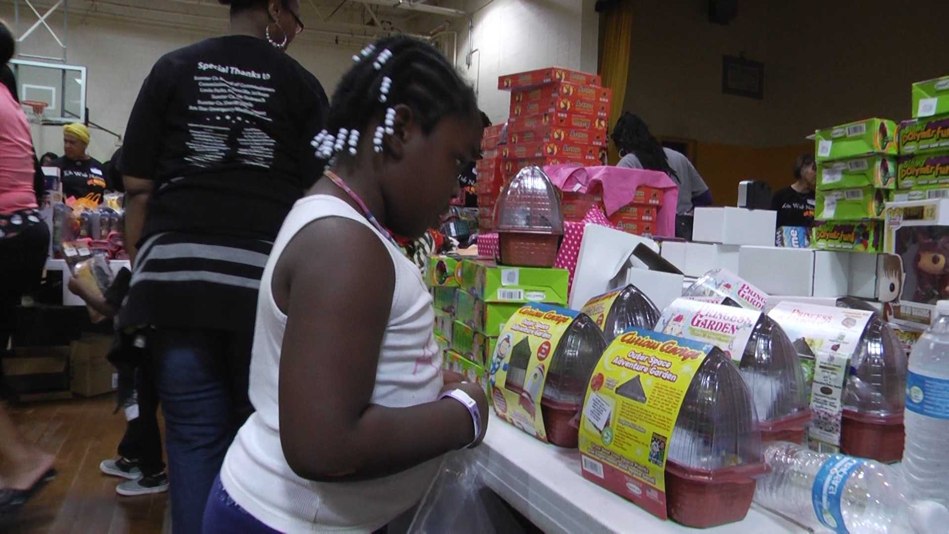 Pickens tornado victims toy giveaway.jpg