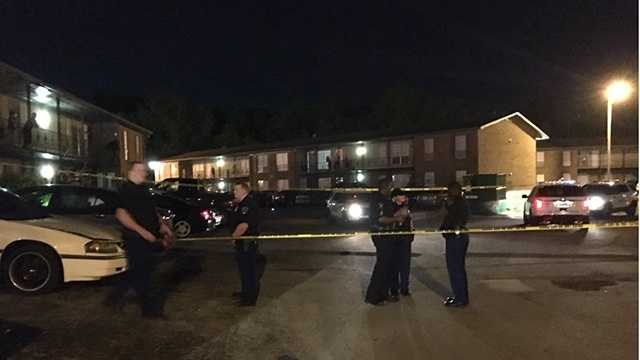 Man shot during apparent robbery, police say