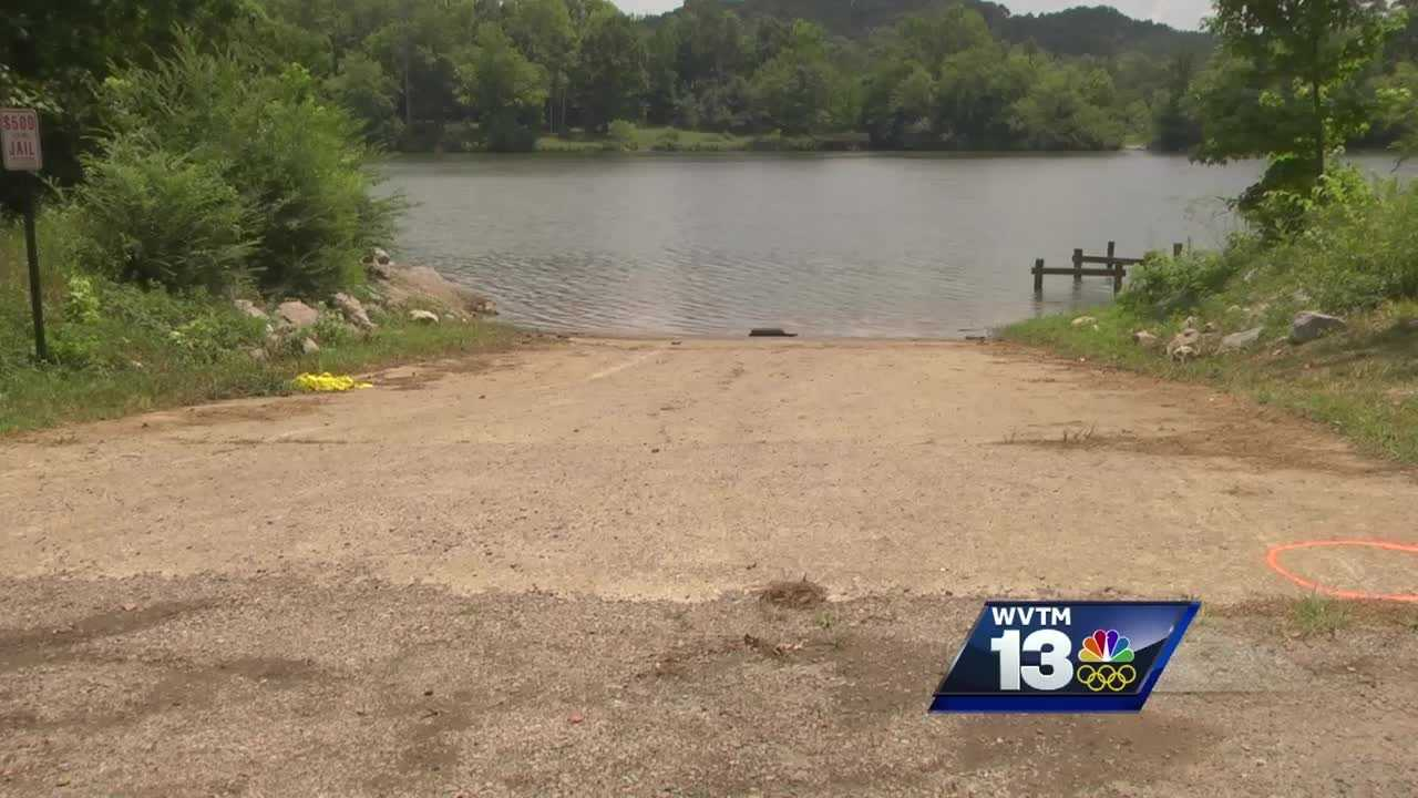 A one-year old grl drowns after being trapped in a car in the Coosa River