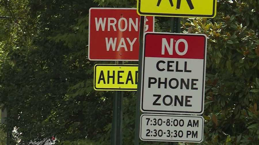 mountain brook introduces cellphone free school zones. Black Bedroom Furniture Sets. Home Design Ideas