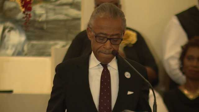 Sharpton delivers eulogy at Curry funeral