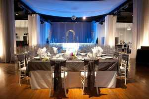 You can use the silver or gold glitz, but also look at black and white when making your wedding decor plans for a Hollywood themed wedding.