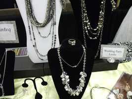 All kinds of jewelry gifts for the wedding party...(Silpada)