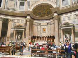 More pictures of the Pantheon in Rome, Italy.