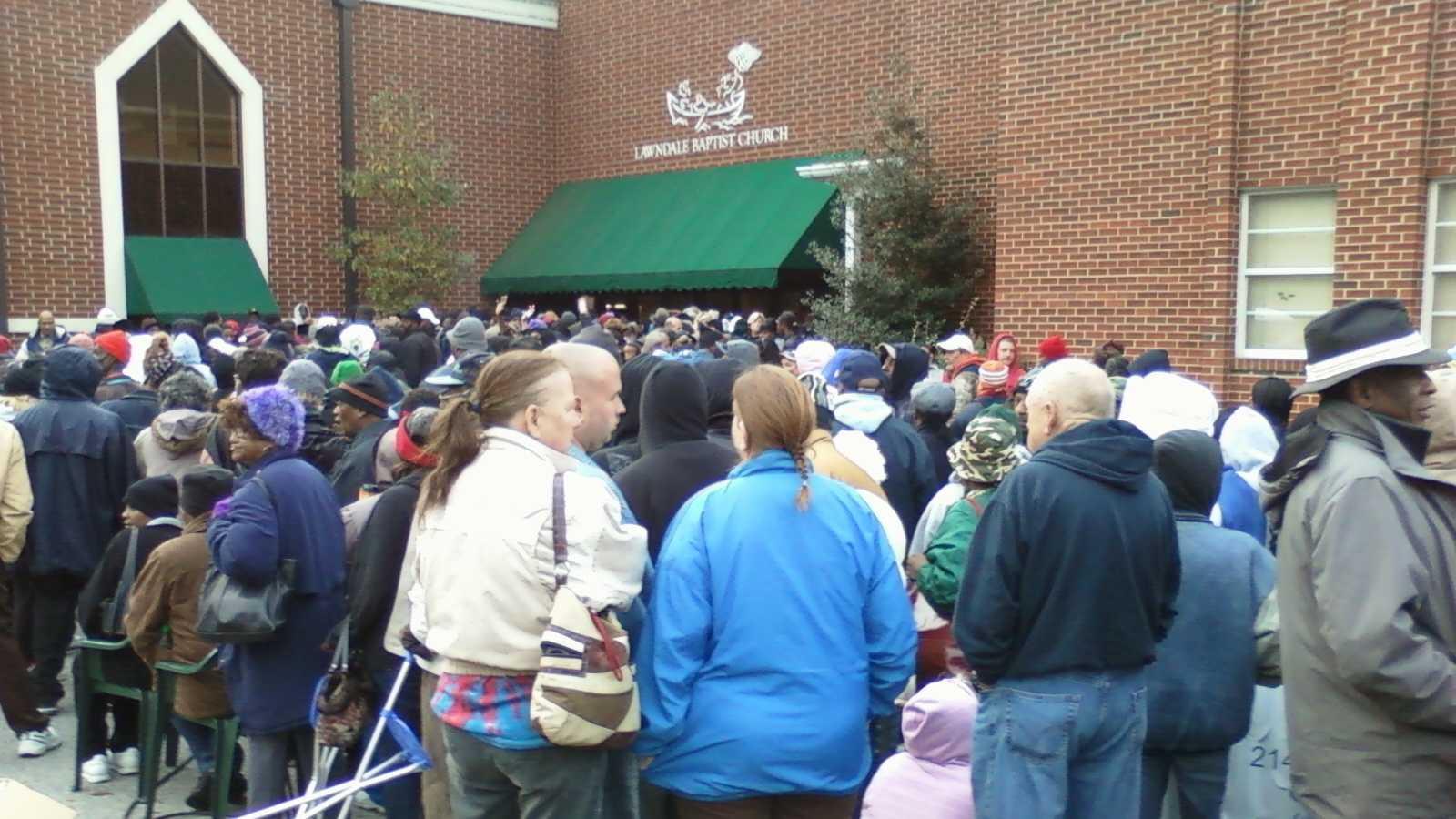 Greensboro church giving away 1,000 Thanksgiving dinners
