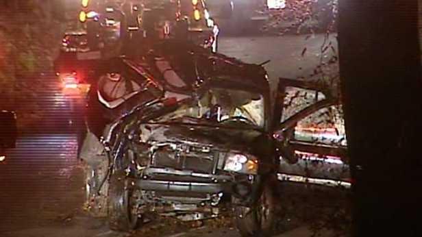 Fatal SUV crash into tree in Rowan County