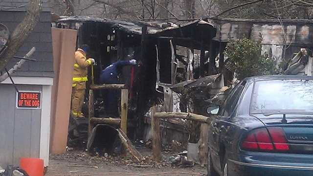 Mobile home fire in Thomasville