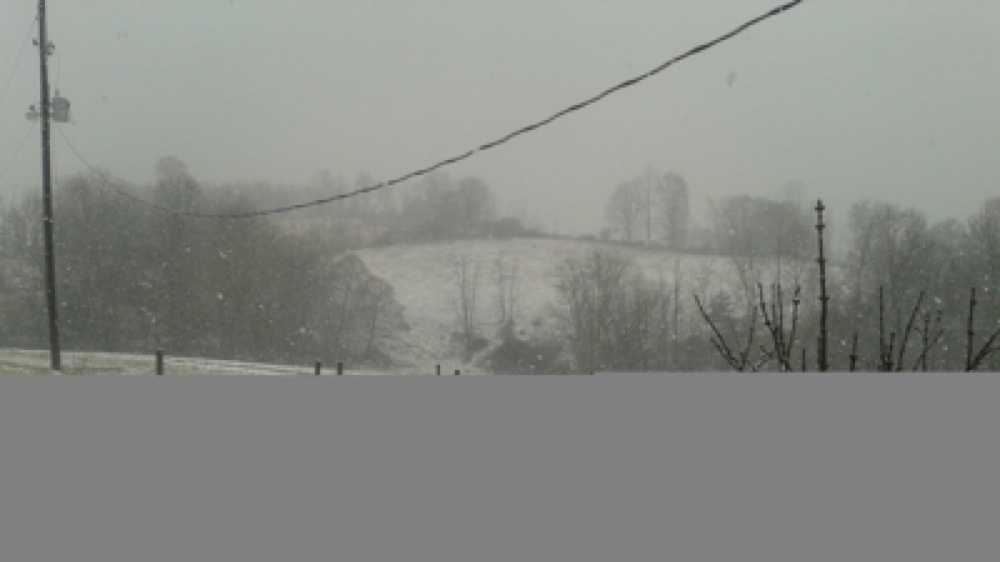 Hillsville snow photo