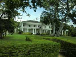 Washington Place was built in 1847 as the new capitol of the Hawaiian Kingdom, then ruled by King Kamehameha III, son of Kamehameha the Great. Queen Lili'uokalani, Hawai'i's last reigning monarch lived there and now it is the Governor of Hawaii's residence.