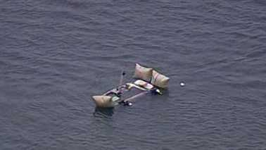 Boat sinks on Lake Norman