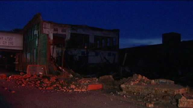Old Piedmont Leaf tobacco warehouse collapses