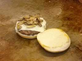 Then I eat the best tasting mushroom and swiss burger I have ever had, again hand pattied Angus beef..man was it good!