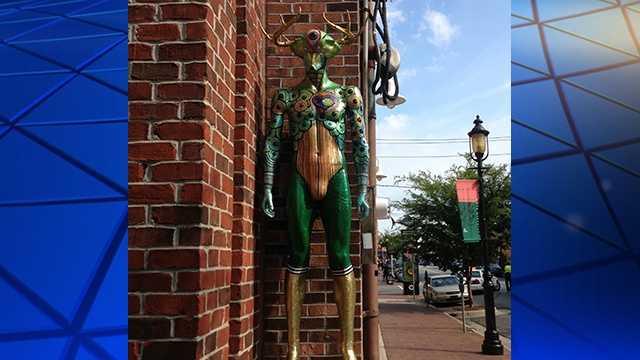 "Photo of stolen artwork ""The Mantis King"""