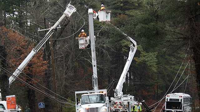 Crash knocks out power in Surry County