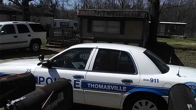 Barricaded subject in Thomasville