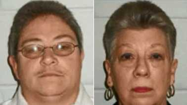 Sue Ann Farmer, left, and Patsy Ransom, right