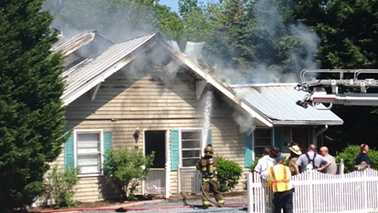 Fire at Asheboro apartment building