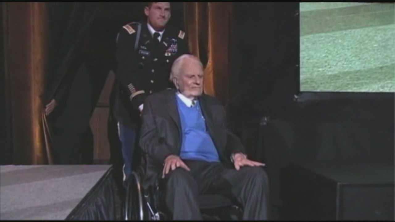 Reverend Billy Graham's nephew says evangelist is doing better
