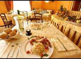 Saffron's Woodruff Road, Greenville: Restaurant Website