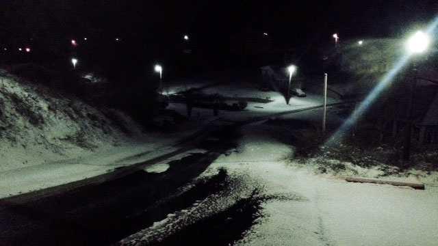 Cold wx AM snow