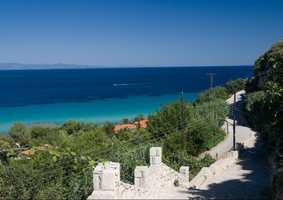 Greece: 25.4 percent
