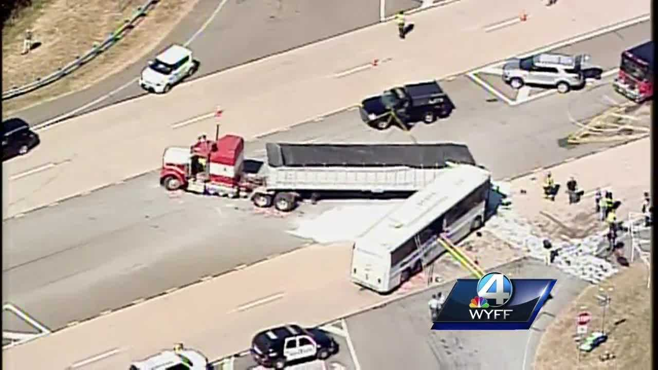 georgia bus crash.jpg