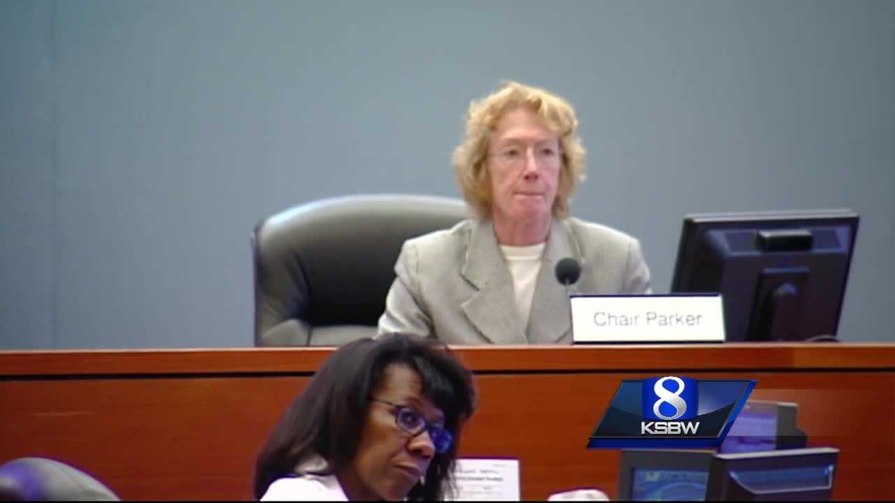 Donohue accuses Parker of not supporting veterans