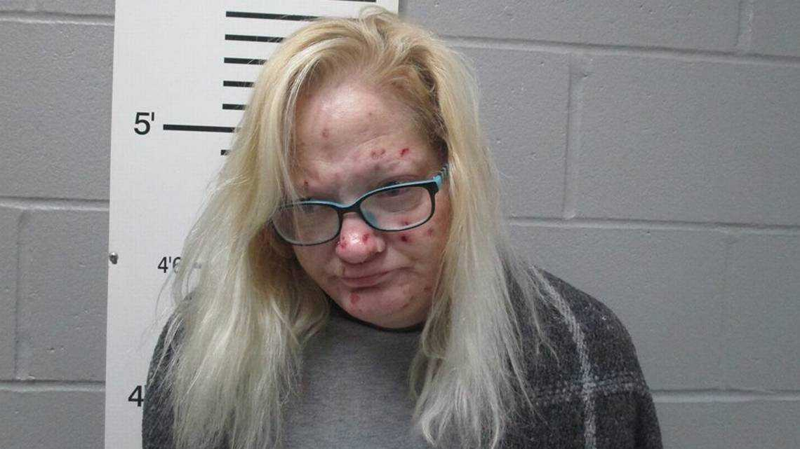 Mother accused of stealing painkillers prescribed for her dying daughter