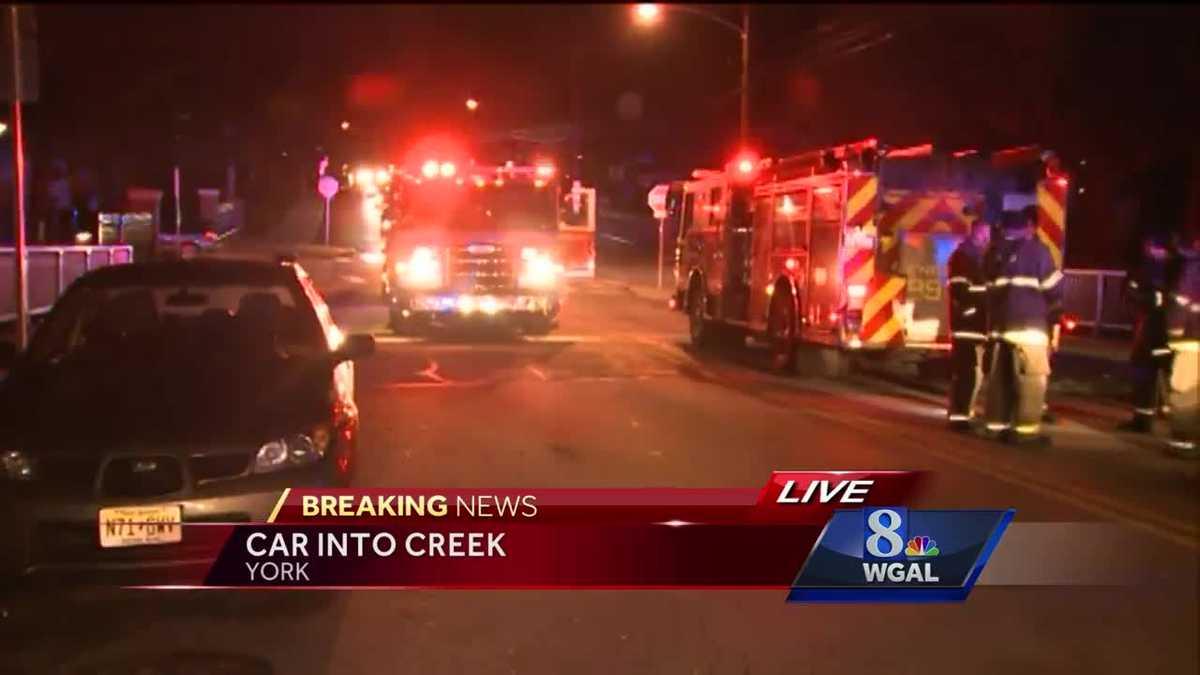 Car Creek Crop Resize Article Breaking Huge Fire Rips