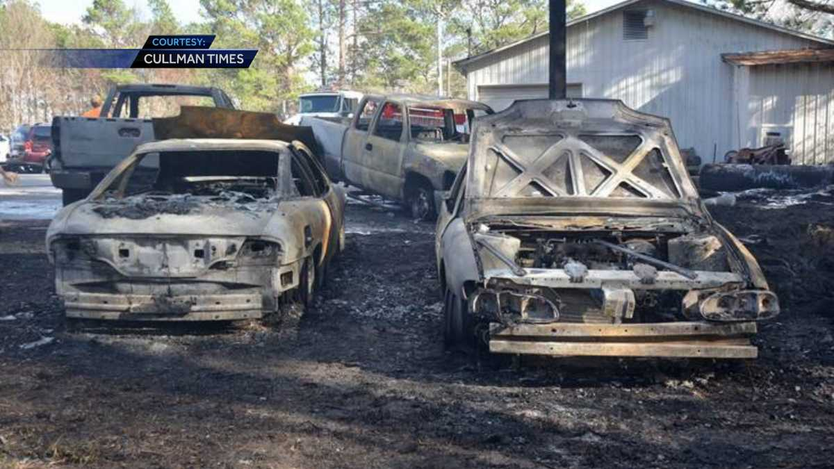 grass fire torches several cars at cullman car dealership. Black Bedroom Furniture Sets. Home Design Ideas