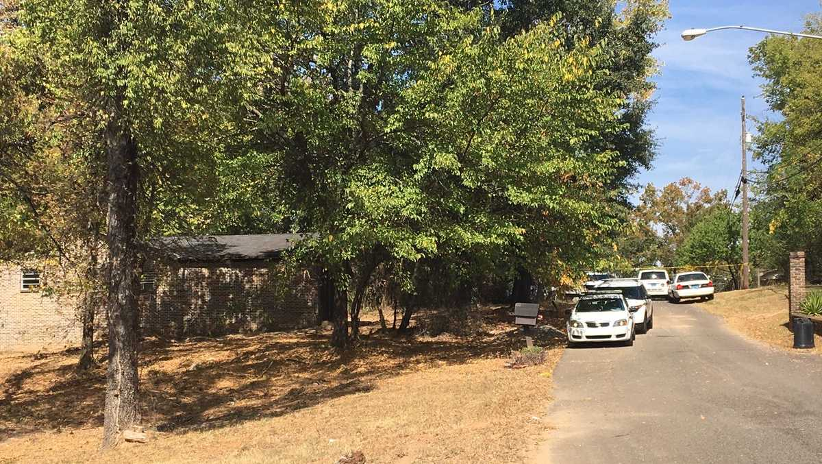 Body found near intersection of 21st Street Southwest and Rambow Avenue in Birmingham