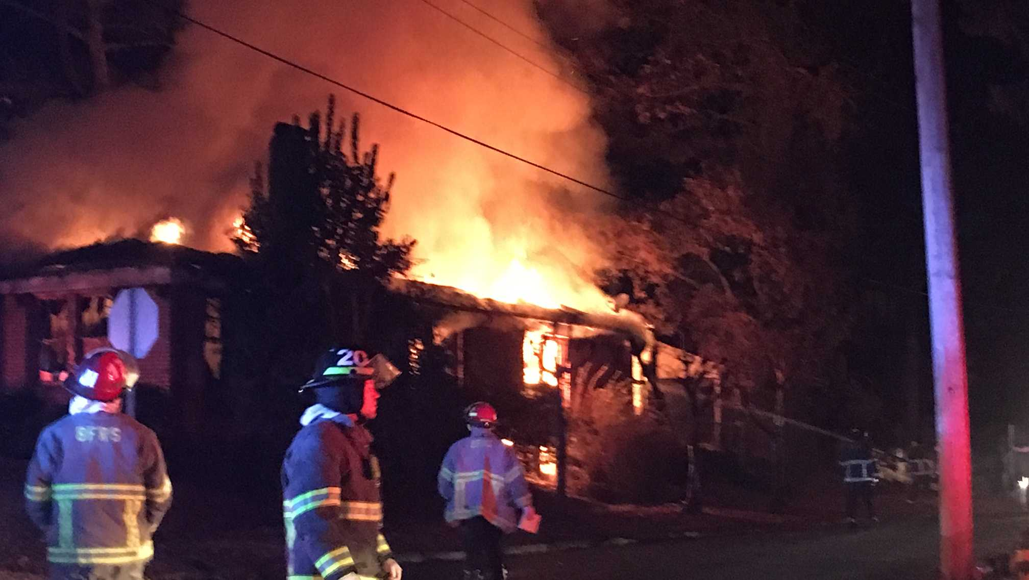 Birmingham fire crews work 3 house fires in 2 hours in Ensley area
